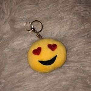 Heart eyes emoji keychain